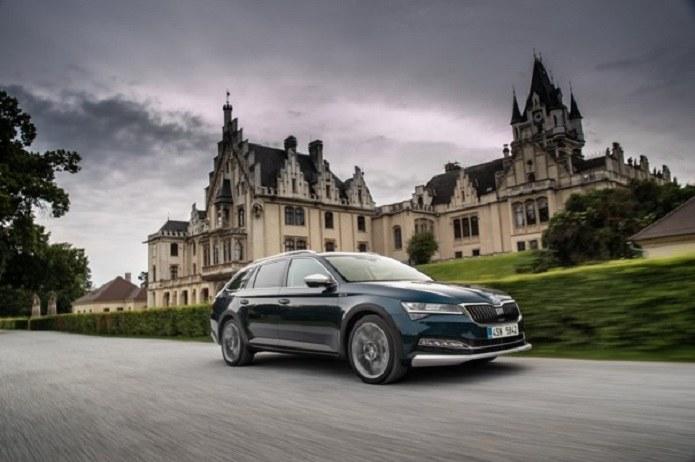 Bezpieczeństwo, niezawodność i dobra cena: te cechy samochodu liczą się dla Polaków najbardziej /materiały prasowe