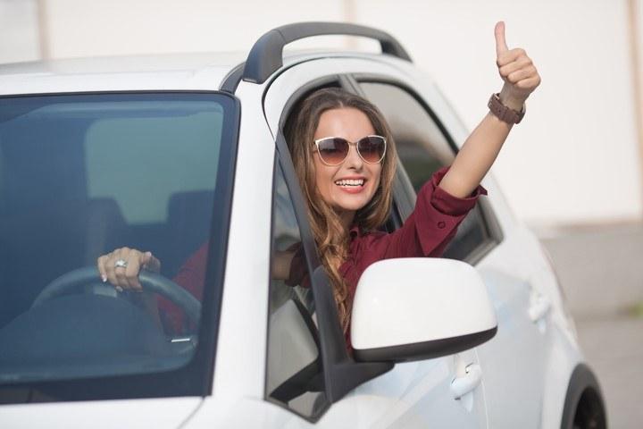 Bezpieczna jazda samochodem /materiały promocyjne