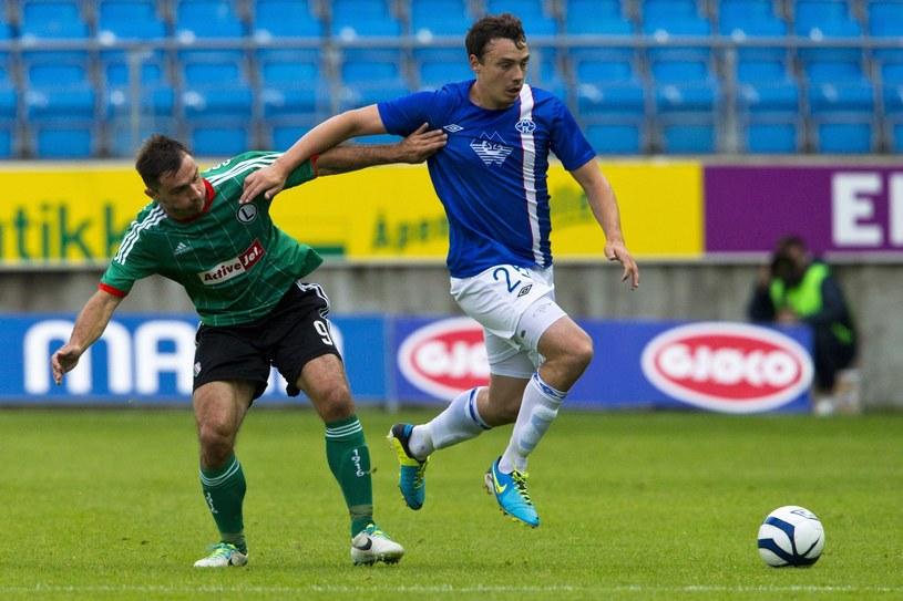 Bezradny Marek Saganowski i Vegard Forren z Molde FK /PAP/EPA