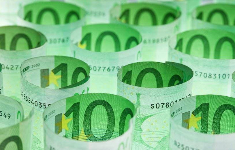 Bezrobotny mieszkaniec Portugalii otrzymał w ramach zasiłku dla osób bez zatrudnienia blisko 800 000 euro /123RF/PICSEL