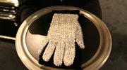Biała rękawiczka Jacksona sprzedana