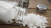 Biała śmierć? Do czego prowadzi nadużywanie soli?