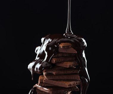 Biała, tradycyjna czy różowa: Wszystko, co warto wiedzieć o czekoladzie