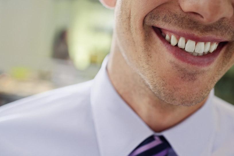 białe zęby /© Photogenica