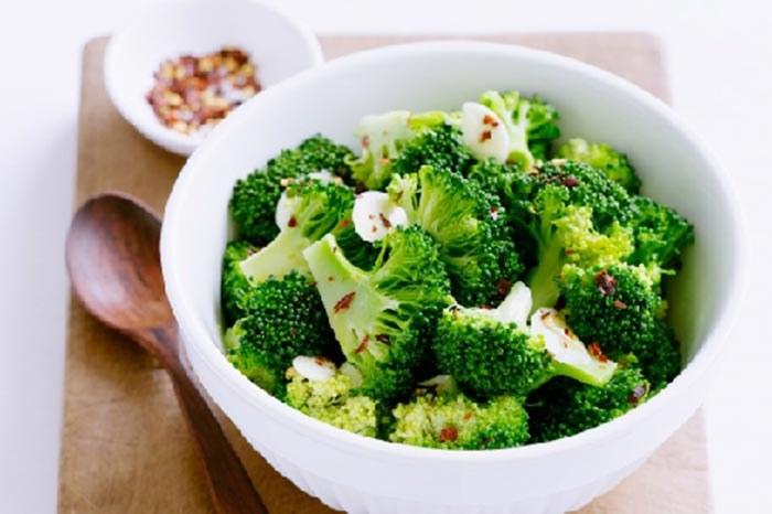 Białko w brokułach /© Photogenica