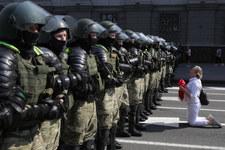 """Białoruś: Muzycy zatrzymani. Mieli podsycać protesty """"za pomocą instrumentów dętych"""""""