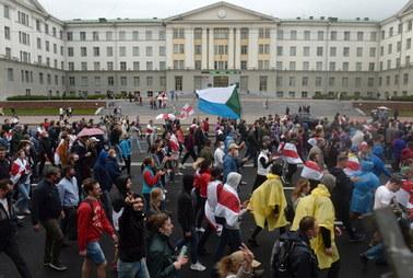 """Białoruś: Naczelny """"Naszej Niwy """" z karą grzywny i zakazem opuszczania kraju"""