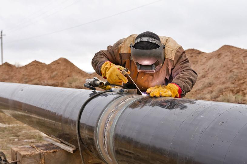 Białoruś wstrzymuje tranzyt ropy do Polski. Zdj. ilustracyjne /123RF/PICSEL
