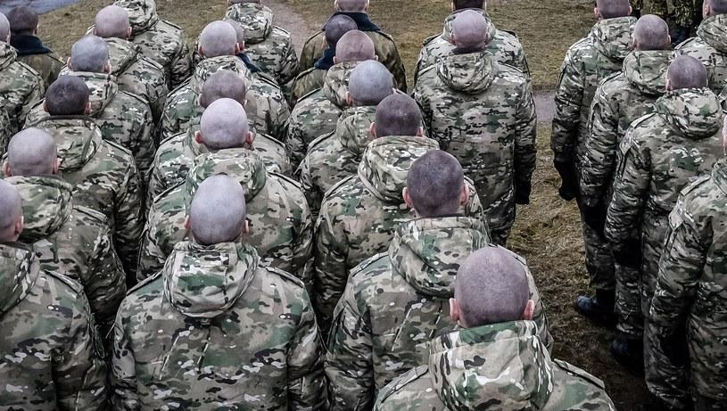 Białoruscy żołnierze /MAXIM MALINOVSKY  /AFP