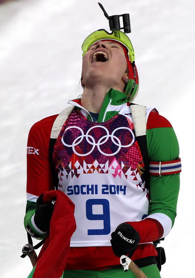 Białorusinka Daria Domraczewa pierwsza na mecie biathlonowego biegu na dochodzenie na 10 km /Grzegorz Momot /PAP