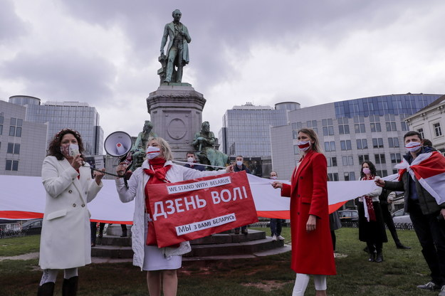 Białoruska opozycja dwa dni temu zorganizowała akcję przed Parlamentem Europejskim /OLIVER HOSLET /PAP/EPA