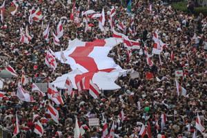 """Białoruska opozycja zapowiada kolejne wiece. """"Patriotyczna euforia"""""""