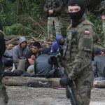 """Białoruski dziennikarz: """"Operacja śluza"""" ma wywołać sztuczny kryzys"""