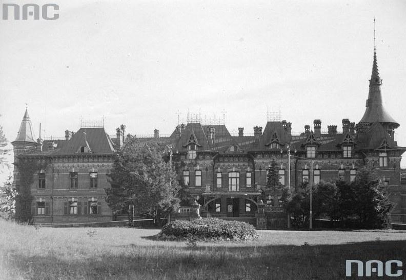 Białowieża. Pałac myśliwski /Z archiwum Narodowego Archiwum Cyfrowego