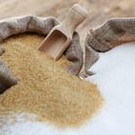 Biały, brązowy, trzcinowy: Co trzeba wiedzieć o cukrze?