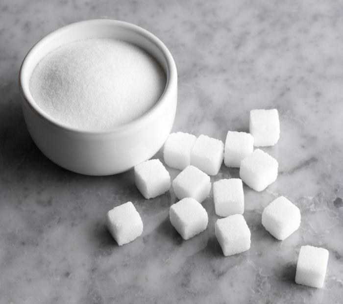 Biały cukier a zdrowie /© Photogenica
