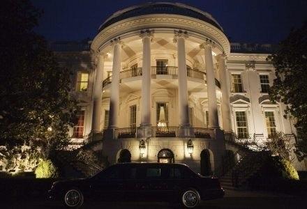 Biały Dom w iPhonie. Kiedy przyjdzie pora na Pałac Prezydencki? /AFP