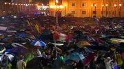 Biały dym nad Kaplicą Sykstyńską! Mamy nowego papieża