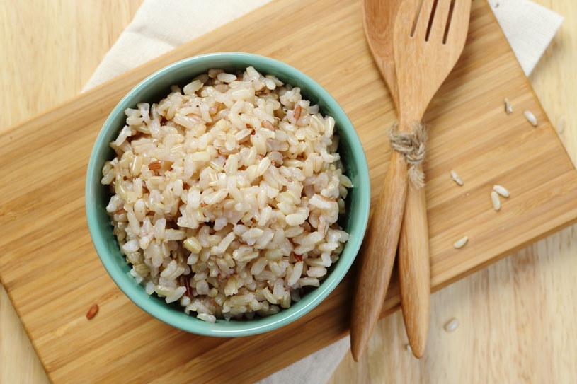 Biały ryż, makaron z białej mąki szybko sycą, ale szybko jesteś po nich głodna! /123RF/PICSEL