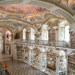 Biblioteki, których widok odbierze ci mowę!