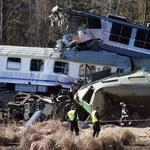 Biegli o katastrofie pod Szczekocinami: Jeden z pociągów nie hamował