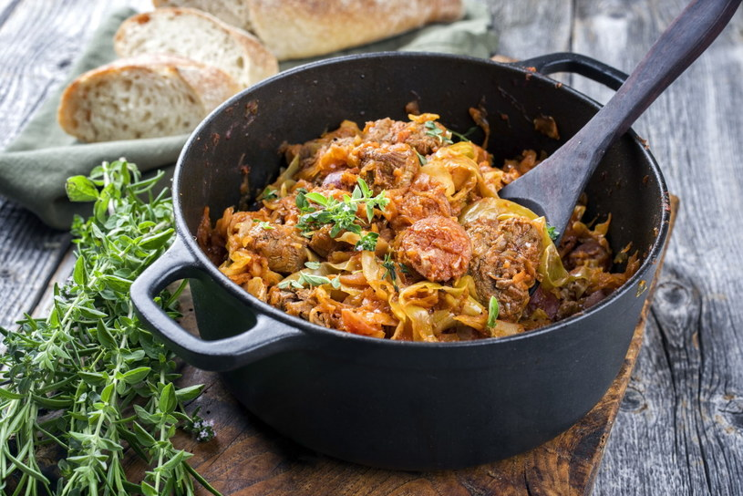 Bigos to potrawa, która wyjdzie nawet początkującym kucharzom /123RF/PICSEL