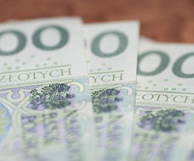 BIK: Część klientów w marcu przestała spłacać kredyty