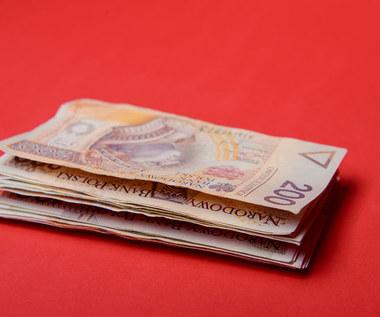 BIK: W lipcu spadek liczby i wartości udzielanych kredytów mieszkaniowych