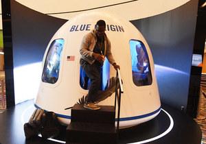 Bilet na lot w kosmos z Jeffem Bezosem. Sprzedano go za 28 mln dolarów