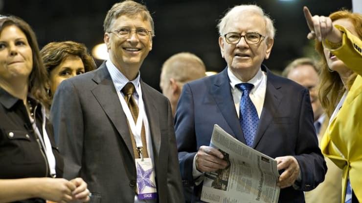 Bill Gates i Warren Buffet w trakcie turnieju brydżowego /DANIEL ACKER/Reuters /Getty Images