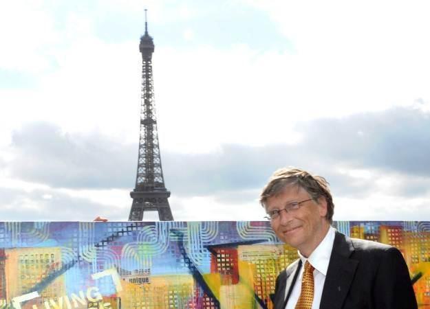 Bill Gates od lat angażuje się w działalność charytatywną /AFP