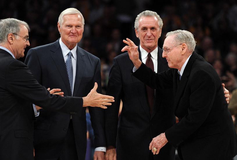 Bill Sharman (pierwszy z prawej) /AFP