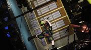 """Billie Eilish w """"Saturday Night Live"""". Prawa grawitacji złamane"""