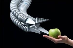 Bioniczny robot Festo uczy się jak człowiek. Co potrafi?