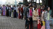Birma: Partia Suu Kyi zdobyła większość w parlamencie