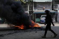 Birma: Żołnierze strzelają do demonstrantów. Giną dzieci