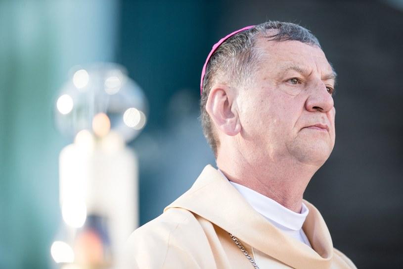 Biskup Józef Guzdek /Andrzej Iwańczuk /Reporter