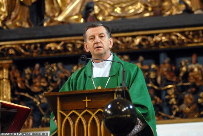 Biskup polowy WP gen. Józef Guzdek /Marek Lasyk  /Reporter