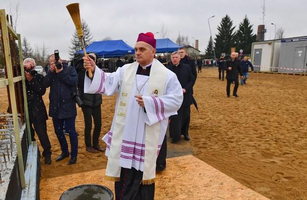 Biskup pomocniczy diecezji koszalińsko-kołobrzeskiej Krzysztof Włodarczyk / Marcin Bielecki    /PAP