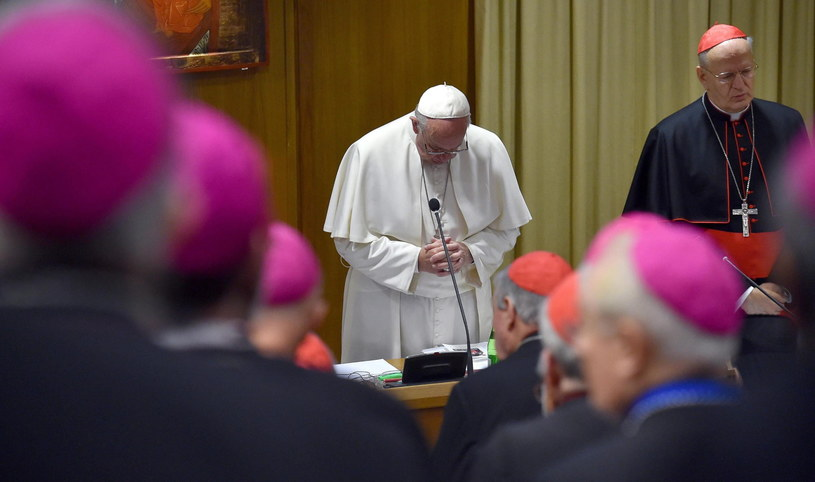 Biskupi apelują o powstrzymanie przemocy /PAP/EPA
