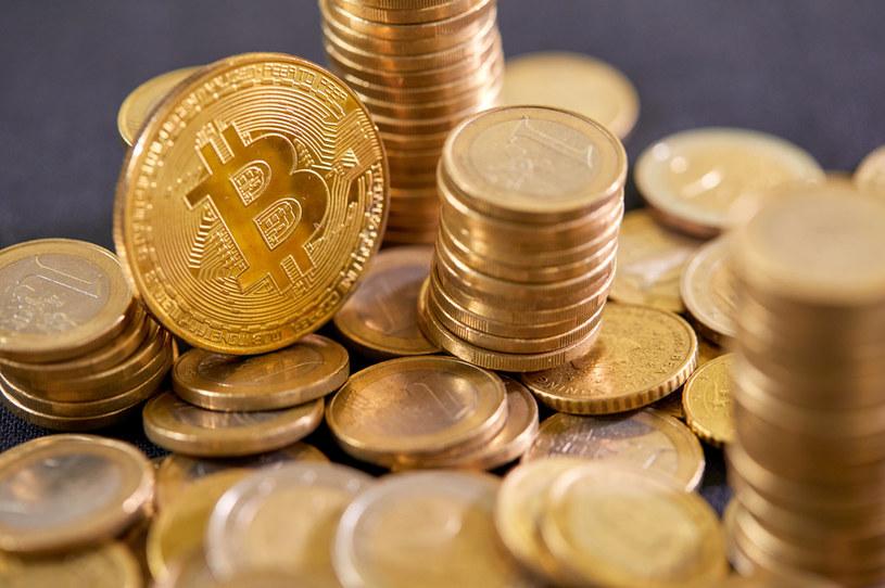Bitcoin stał się oficjalną walutą w Salwadorze /123RF/PICSEL