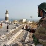 """""""Bitwa trwa"""". Zaostrza się konflikt w Jemenie"""