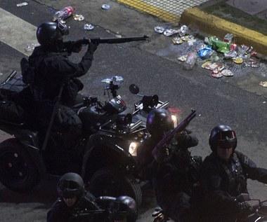 Bitwa z policją na ulicach Buenos Aires po finale Copa Libertadores. Wideo