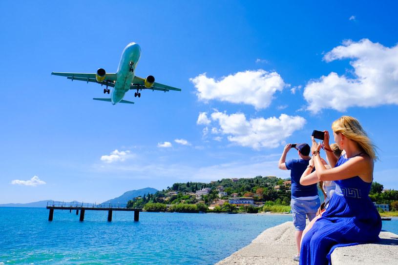 Biura podróży gotowe na wakacje /123RF/PICSEL