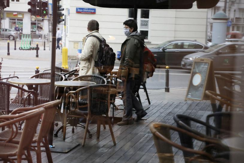 Biznes proponuje odmrożenie gospodarki, decyzja w środę /Jakub Kamiński   /East News