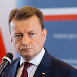 Błaszczak: Tusk łamie zasady i ingeruje w sprawy polskiej polityki