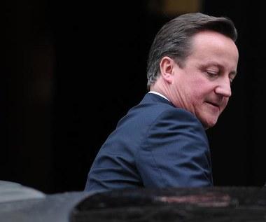 Bliskie kontakty Camerona z imperium Murdocha