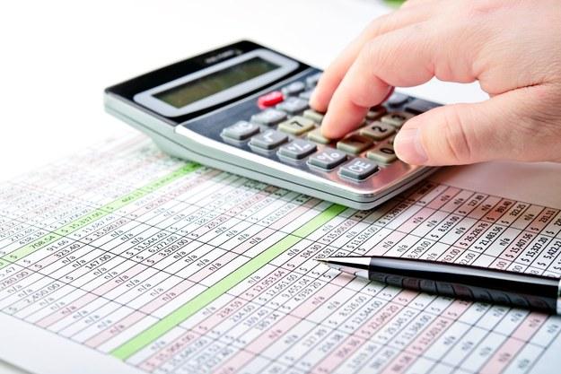 Blisko 80% firm jest gotowych zwiększyć wynagrodzenia /123RF/PICSEL