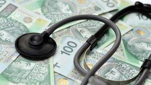 """Blogerzy Medexpress.pl o artykule """"Ile zarabiają lekarze w Polsce?"""" w """"Fakcie"""""""