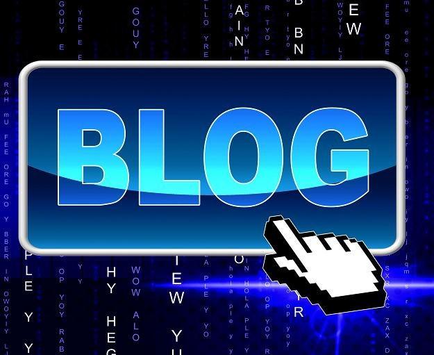 Blogerzy oddadzą 8,5 proc. swoich zysków /©123RF/PICSEL